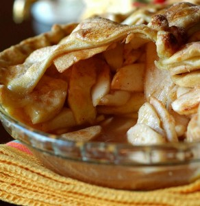Apple Pie Courtesy @belochkavita